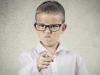"""За партой с агрессором. Что делать, если одноклассник вашего ребёнка """"псих""""?"""