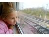 Путешествуем поездом: Чем занять ребенка в пути?