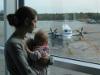 Как летать с младенцем? Сколько стоит билет, что взять в самолет и чем заняться в аэропорту.