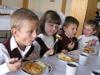 В детских садах и школах Челябинской области изменят меню