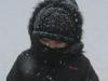 На улице опять холодно. Идут ли сегодня дети на занятия?