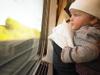 Правительство упростило оформление ж/д билетов на младенцев, не достигших месячного возраста