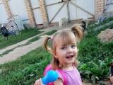 Очень любит приезжать к бабушке в деревню - Лемеш Николь, 1 год 11 месяцев