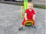 Весёлая качель - Виктор Штырков, 2 года