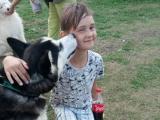 Любит собак, а они любят его - Лемеш Артём, 10 лет