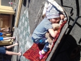 Уморились у бабушки в огороде - Ермендеева Арина, 3 года