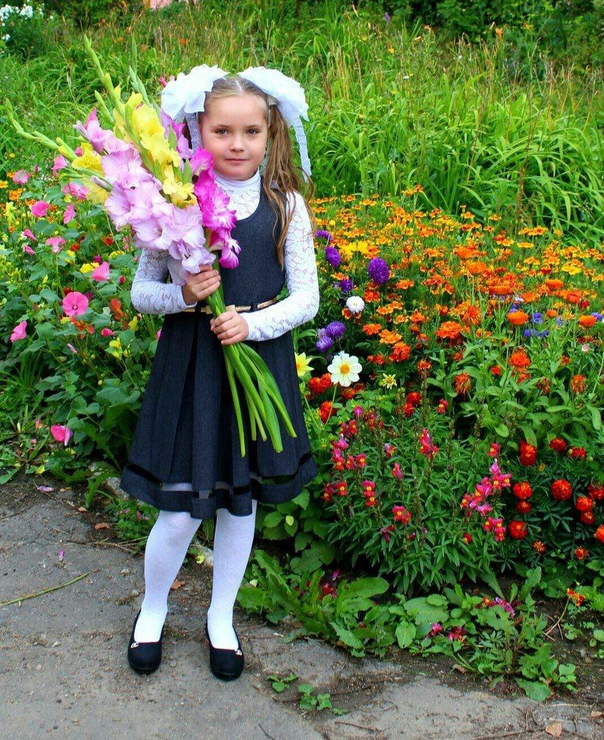 Первый раз в первый класс (Алина Хакимова)